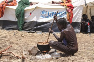 Kule-refugee-camp-near-the-Pagakborder-entry-point-in-the-Gambella-region-of-Ethiopia.-18th-of-March-2014-300x200